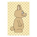 Conejo marrón claro lindo tarjetones