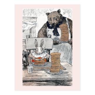 Conejo que come el desayuno de la crepe postales