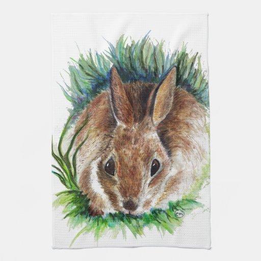 Conejo que oculta en la hierba - lápiz de la acuar toallas