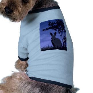 Conejo salvaje camiseta de perro