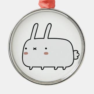 Conejo tímido adorno redondo plateado