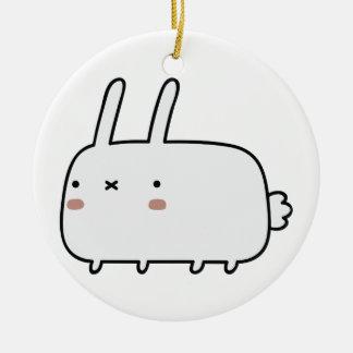 Conejo tímido adorno redondo de cerámica