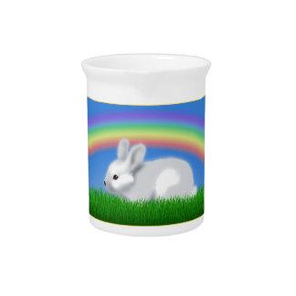 Conejo y arco iris jarra de beber