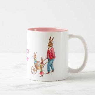 Conejo y familia de Pascua del vintage Taza De Dos Tonos