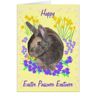 Conejo y flores lindos Pascua, Passover, Eastover Tarjeta De Felicitación