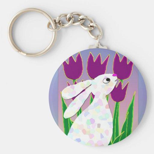 Conejo y tulipanes llavero personalizado