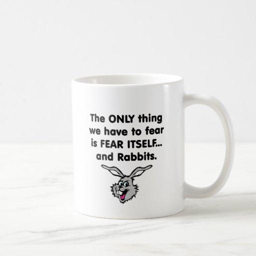 Conejos 1 del miedo sí mismo taza