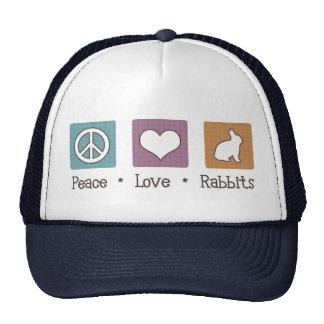 Conejos del amor de la paz gorra