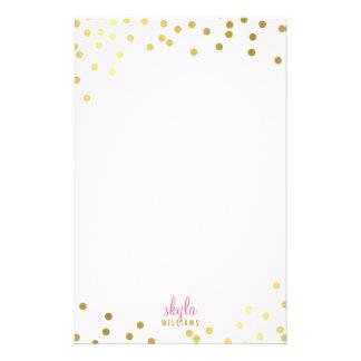 Confeti atractivo lindo de la hoja de oro de la papelería de diseño