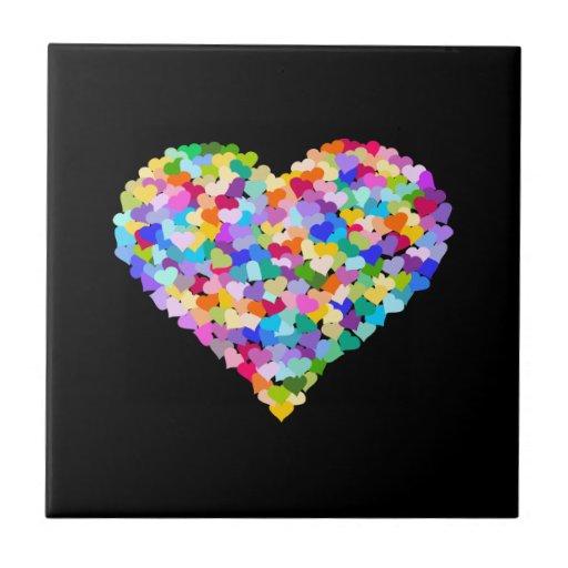 Confeti de los corazones del arco iris azulejo cuadrado pequeño