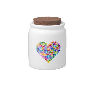 Confeti de los corazones del arco iris platos para caramelos