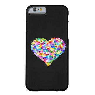 Confeti de los corazones del arco iris funda de iPhone 6 barely there