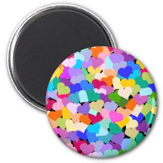 Confeti del corazón del arco iris imán