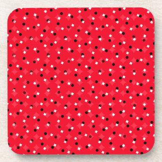 Confeti rojo posavasos de bebidas
