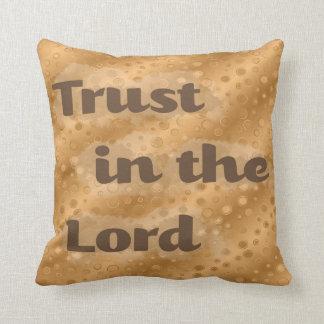 Confianza del oro en el señor Pillow Cojines