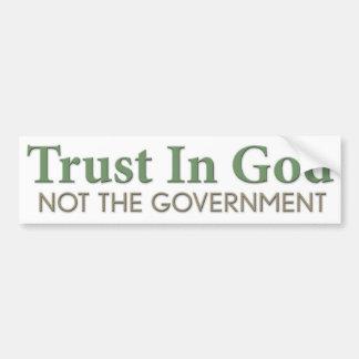 Confianza en dios, no el gobierno pegatina de parachoque