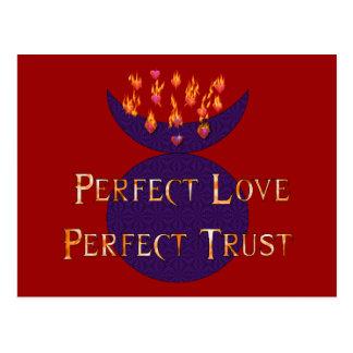 Confianza perfecta del amor perfecto postal