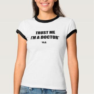 Confíe en la camiseta (aerodinámica) del campanero remera