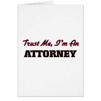 Confíe en que yo es abogado felicitación