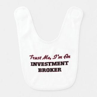 Confíe en que yo es agente de la inversión babero