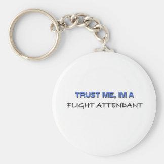 Confíe en que yo es asistente de vuelo llavero personalizado