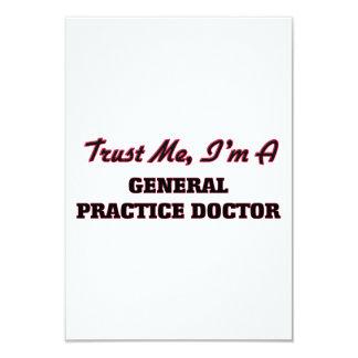 Confíe en que yo es doctor de la práctica general anuncios