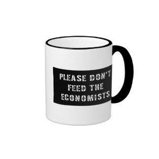 Confíe en que yo es economista taza a dos colores