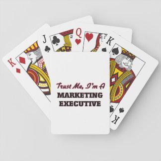 Confíe en que yo es ejecutivo de marketing baraja de cartas