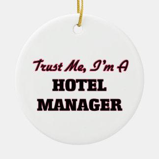 Confíe en que yo es encargado de hotel adorno navideño redondo de cerámica