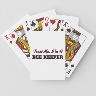 Confíe en que yo es encargado de la abeja barajas de cartas