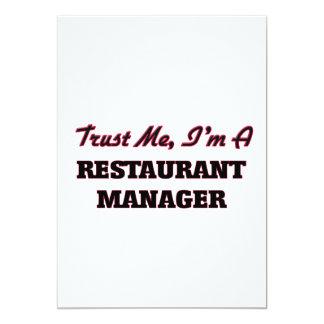 Confíe en que yo es encargado del restaurante invitación 12,7 x 17,8 cm