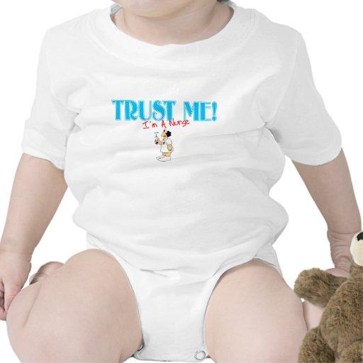 Confíe en que yo es enfermera RN con la aguja Trajes De Bebé