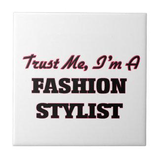 Confíe en que yo es estilista de la moda tejas  ceramicas