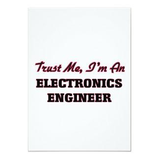 """Confíe en que yo es ingeniero electrónico invitación 5"""" x 7"""""""