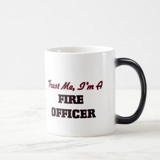 Confíe en que yo es oficial del fuego taza mágica