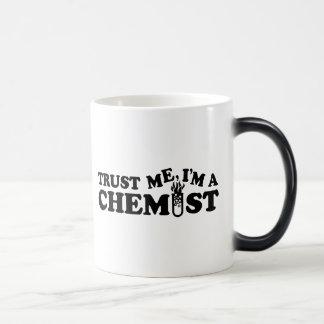 Confíe en que yo es químico taza de café
