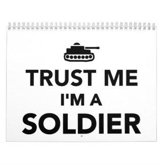 Confíe en que yo es soldado calendarios de pared