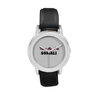 Confíe en que yo es somalí reloj