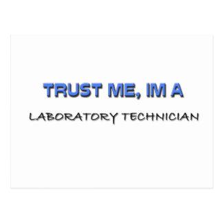 Confíe en que yo es técnico de laboratorio tarjetas postales