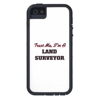 Confíe en que yo es topógrafo de la tierra iPhone 5 cárcasa