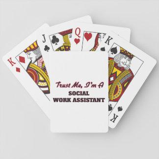 Confíe en que yo es un ayudante del trabajo social barajas de cartas