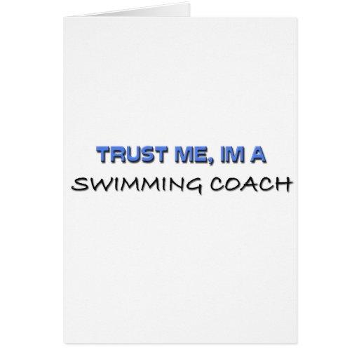 Confíe en que yo es un coche de la natación tarjeta de felicitación