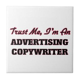 Confíe en que yo es un Copywriter de la publicidad Teja Cerámica