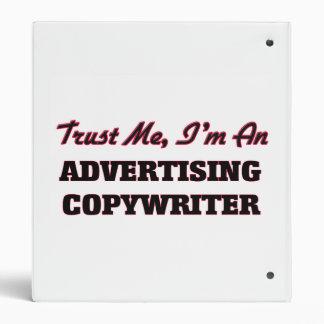 Confíe en que yo es un Copywriter de la publicidad