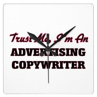 Confíe en que yo es un Copywriter de la publicidad Relojes De Pared