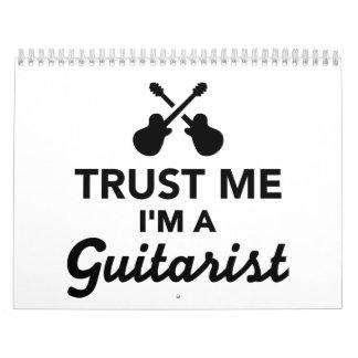 Confíe en que yo es un guitarrista calendarios