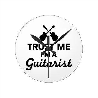 Confíe en que yo es un guitarrista reloj de pared