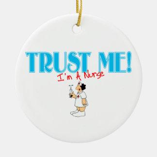 Confíe en que yo es un ornamento de la enfermera adorno de navidad