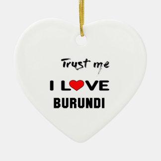 Confíeme en amor Burundi de I Adorno Navideño De Cerámica En Forma De Corazón