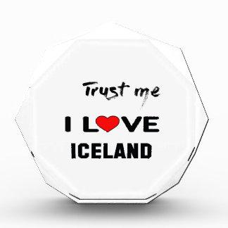 Confíeme en amor Islandia de I